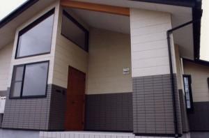 神谷内の家玄関