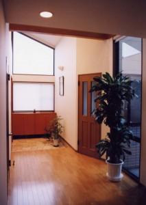 神谷内の家玄関ホール1