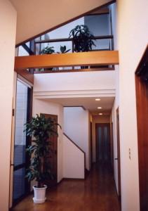 神谷内の家玄関ホール2