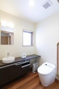 高岡の家 トイレ