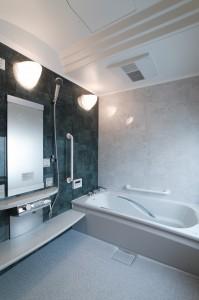 高岡の家 浴室